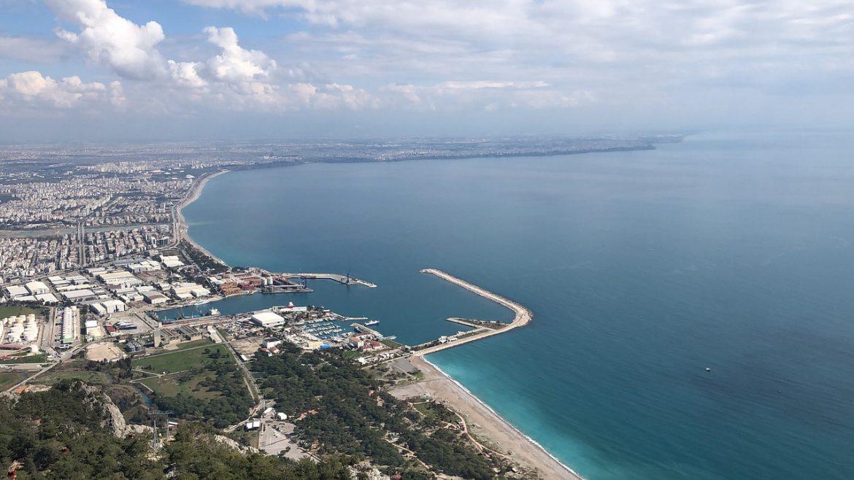 Antalya'ya gelen turist sayısı 5 milyona yaklaştı